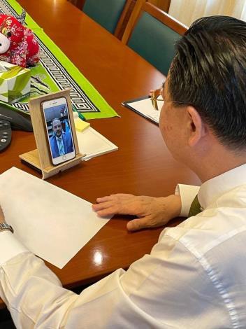 圖說:外交部吳部長與布羅洛外長視訊通聯。